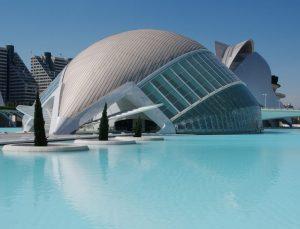 La encuesta oficial realizada en Valencia revela que no hay saturación de viviendas vacacionales.